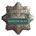 Oficerski patrol policjantów na Mostowej