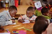 Zbieramy kredki dla dzieci Afryki