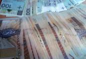 Pieniądze, nieruchomości i długi naszej władzy