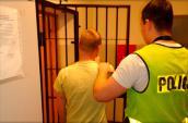 Szybkie działanie policjantów i psa doprowadziły do sprawcy