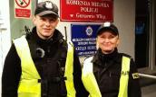 Policjanci uratowali życie gorzowianina, którego reanimowali na ulicy