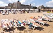 Złote Piaski to jeszcze nie Saint Tropez
