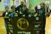 Worek medali przywieziony z Zielonej Góry przez młodzież z KSW Gorzów