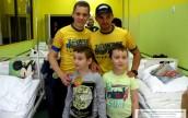 Żużlowcy i trener Stali z wizytą w szpitalu