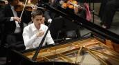 Wybitny pianista, orkiestra dęta oraz spektakle w teatrze