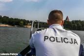 Nietrzeźwy bez uprawnień sterował łodzią, a pasażer był poszukiwany
