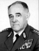 Nie żyje płk Lech Kosiorowski, przed laty najważniejszy milicjant w województwie