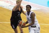 Znakomity początek koszykarek w Toruniu