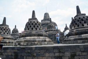 Borobudur-zespl-budowli-powiconych-Buddzie.JPG