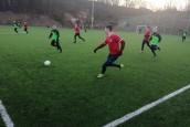 Piłkarze szlifują formę w sparingach