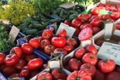Na rynku nie tylko świeże warzywa i owoce