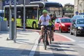 Poradnik dla rowerzystów jadących przez centrum