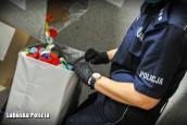 Policjantki pomagają 15-letniej Wiktorii