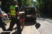 Topił się w bagnie uciekając przed policją