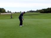 Gra w golfa także jesienią służy zdrowiu