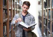 Stale rośnie liczba chętnych do studiowania w Polsce