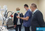Robot chirurgiczny da Vinci gotowy do pracy