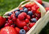 Polacy chcą jeść więcej owoców i warzyw