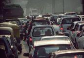Połowa Polaków sądzi, że auta nie szkodzą środowisku