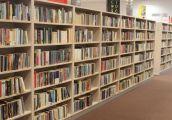 Książki naukowe w zasięgu ręki i możliwości